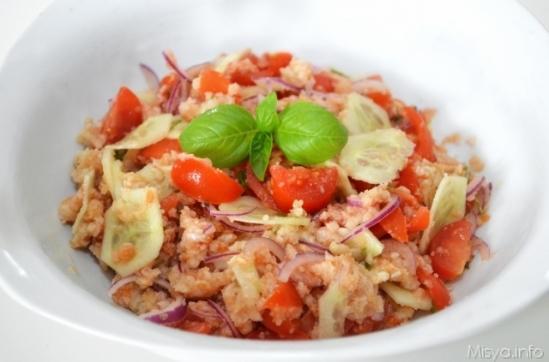 Panzanella salad - photo credit: luccacittà.net