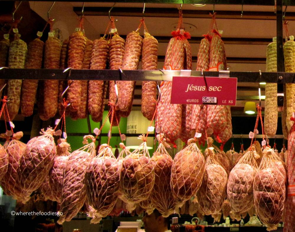 les halles Lyon - where the foodies go11