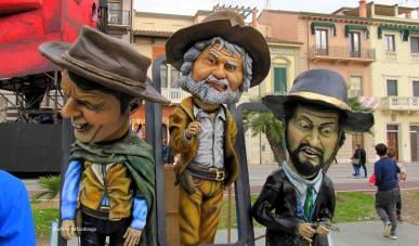 carnevale viareggio-wherethefoodiesgo4