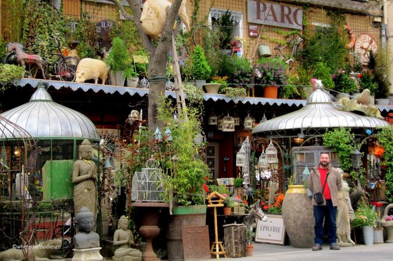 l'isle sur la sorgue original shops - wherethefoodiesgo