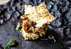 Agnello, hummus di lenticchie, menta fresca e couscous soffiato